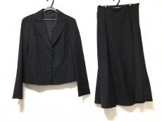 ローラアシュレイのスカートスーツ