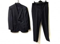 タケオキクチのメンズスーツ
