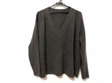 ドゥーズィエムのセーター