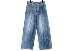 イリアンローブのジーンズ