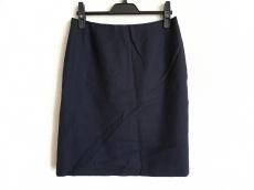 プラダのスカート