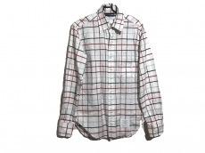 トムブラウンのシャツ