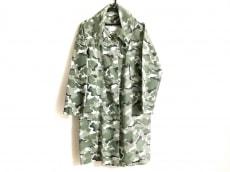 リリーブラウンのコート