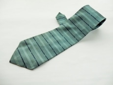 ゴルチエオムのネクタイ