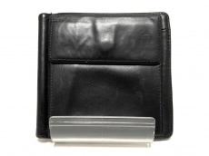 ポルシェデザインの2つ折り財布