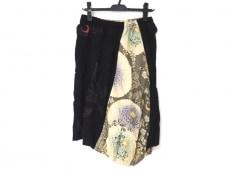 ゴウクのスカート