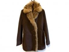 トラサルディーのコート