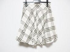 バーバリーブルーレーベルのスカート