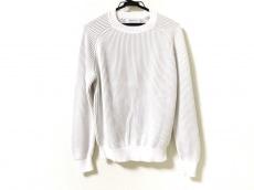 トゥモローランドのセーター