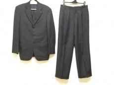 ガルニエのメンズスーツ