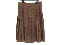 ロロピアーナのスカート