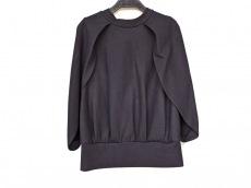 アドーアのセーター