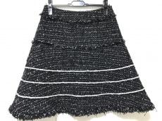 トゥービーシックのスカート