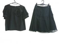 トゥービーシックのスカートセットアップ