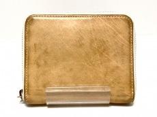 エンダースキーマの2つ折り財布