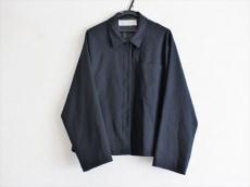 ミディウミのジャケット