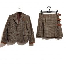 ビームスボーイのスカートスーツ