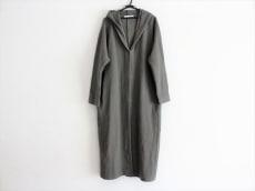 エヴァムエヴァのコート