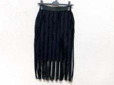 ジョン ローレンス サリバンのスカート