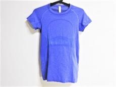 ルルレモンのTシャツ
