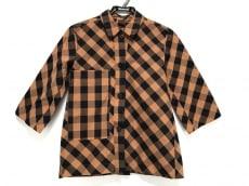 ソフィードールのシャツブラウス
