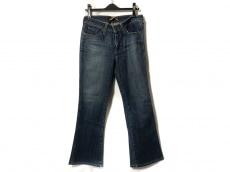 リーバイスレディスタイルのジーンズ