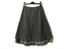 パラスパレスのスカート