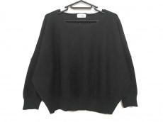 リーファーのセーター