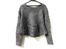 イオコムイオ センソユニコのセーター
