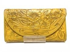 カービングトライブスの長財布