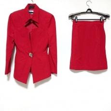 ティエリーミュグレーのスカートスーツ