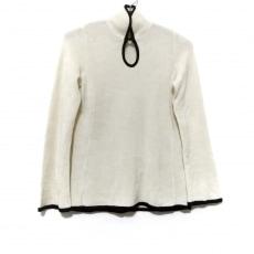 マメ クロゴウチのセーター