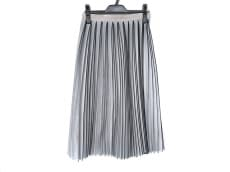 サクラのスカート