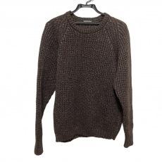 カラーのセーター