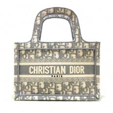 ディオール/クリスチャンディオールのブックトートミニバッグ