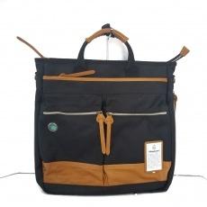 ビアンキのハンドバッグ