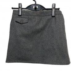 ミュウミュウのスカート