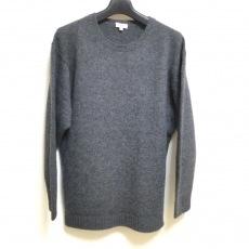 サイのセーター