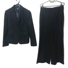ダナキャランのレディースパンツスーツ