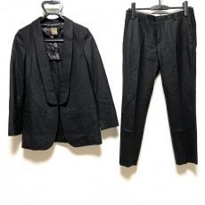 ミューズのレディースパンツスーツ