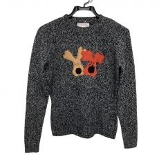 ミエコウエサコのセーター