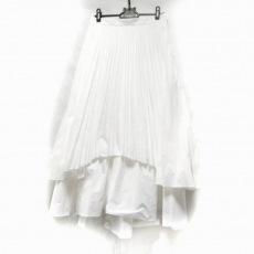 ルシェルブルーのスカート
