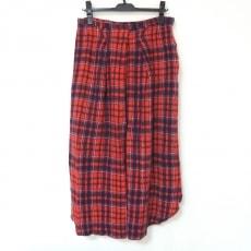 フォーティーファイブ・アールのスカート