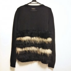 アジョリーのセーター