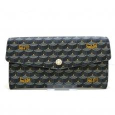 フォレルパージュの長財布