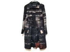 ジャンバティスタヴァリのコート