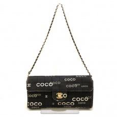 CHANEL(シャネル)のチョコバーのクラッチバッグ