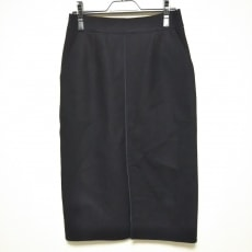 ネミカのスカート
