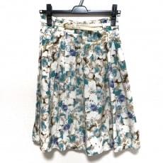 エマジェームスのスカート