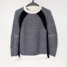 サカイラックのセーター